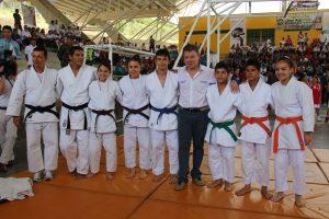 Inauguran Unidad Deportiva en Dos Quebradas