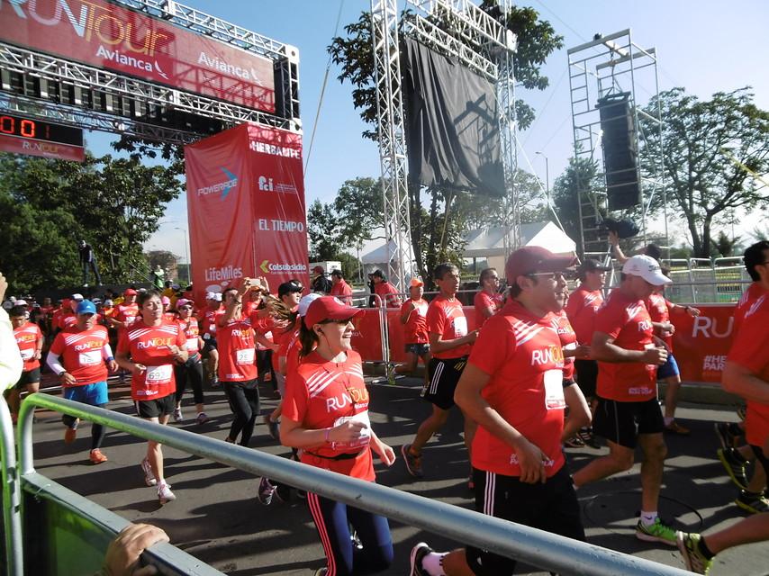 Miles de personas participaron de la campaña Movimiento 5