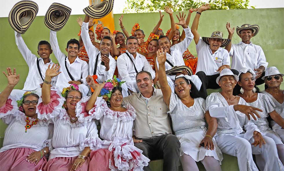 Ministro Aurelio Irragori, celebrando el día de la mujer rural en Córdoba