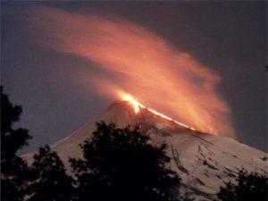 Volcán Villarrica en alerta roja, se evacuaron 3.000 personas