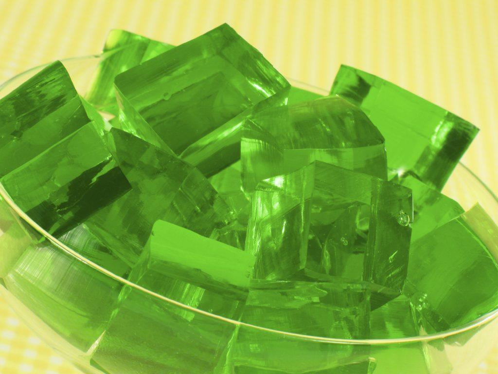 Gelatina de té verde con maracuyá