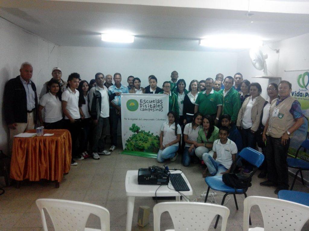 Avanzan las Escuelas Digitales Campesinas en Antioquia