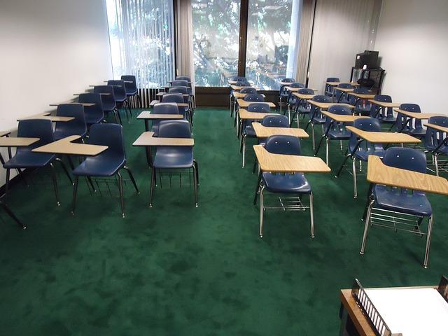 Educadores volverán al salón de clases
