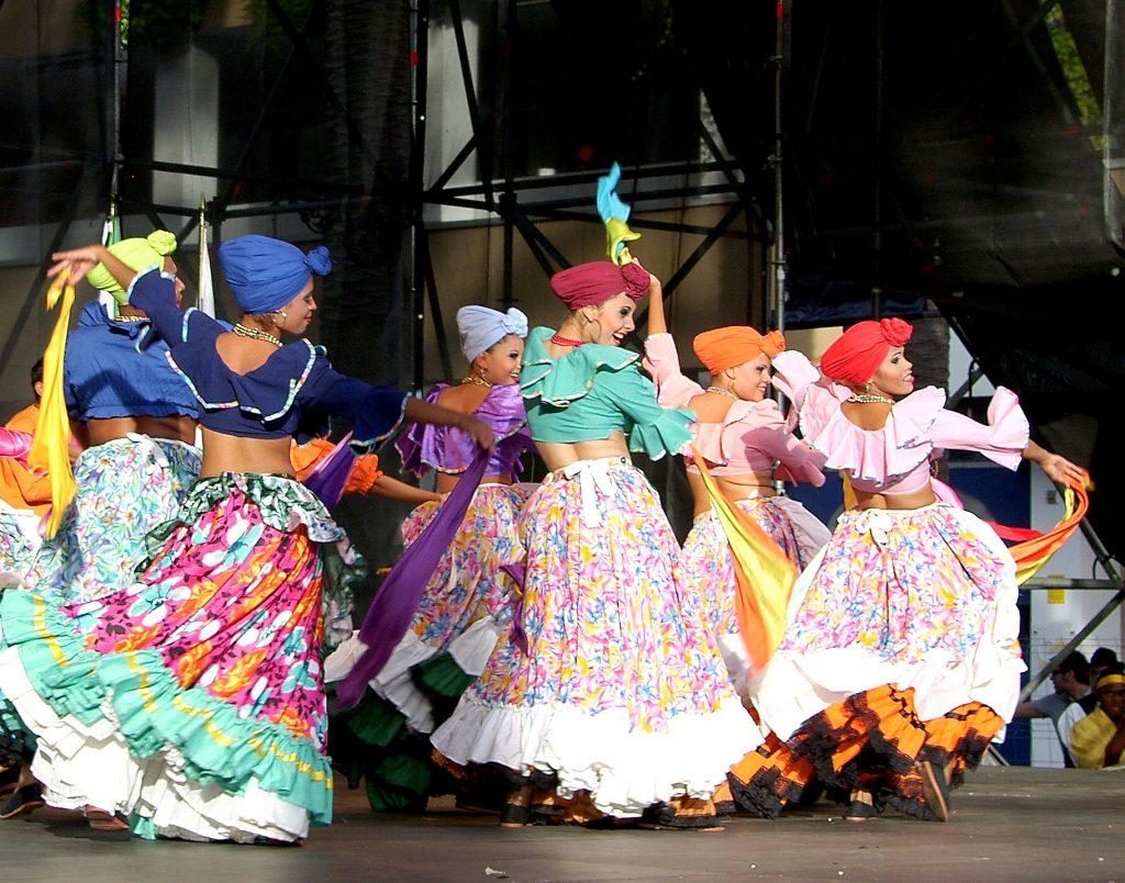 Inicia el Festival Folclórico Colombiano en Ibagué