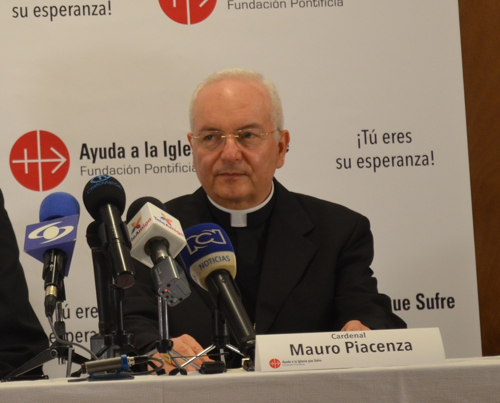 """""""Hoy se habla todavía de persecuciones crueles a la iglesia católica"""""""