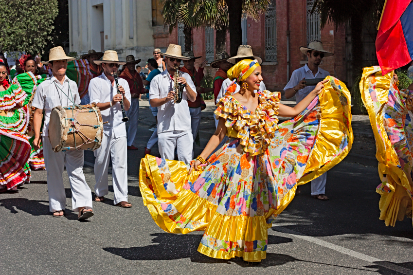colombian dancers and musicians
