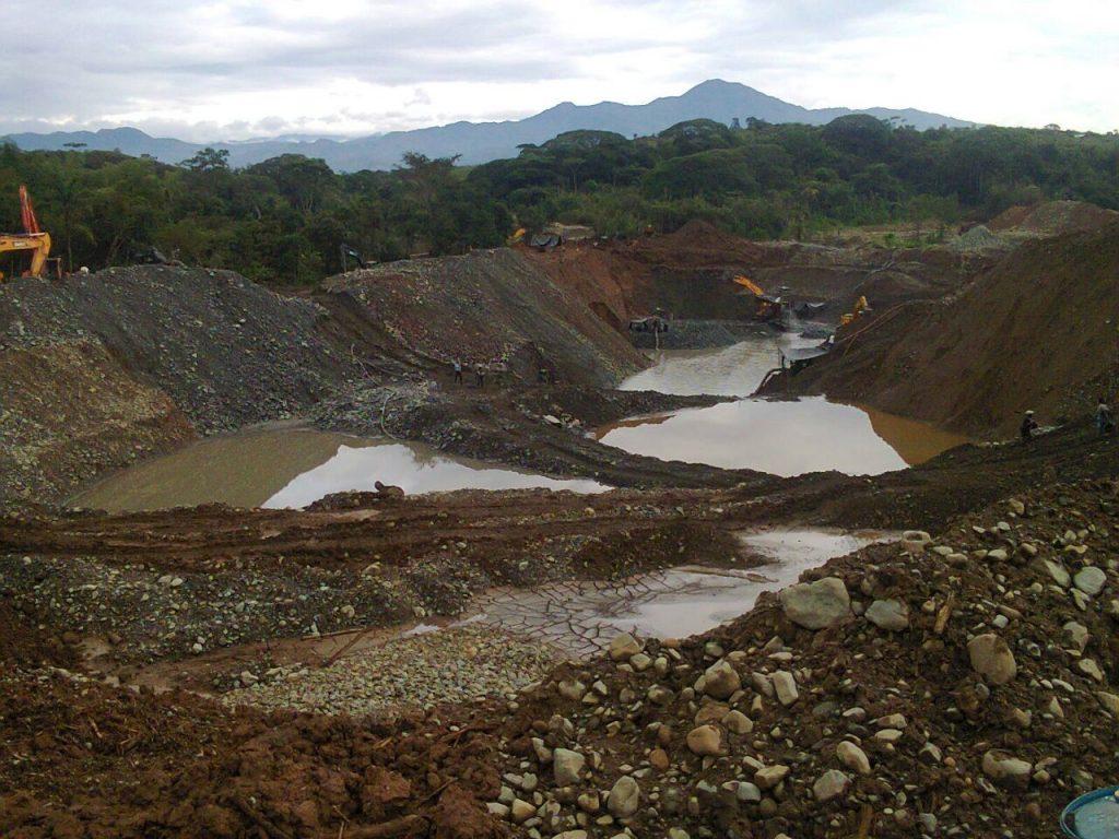 Minería ilegal en el municipio caucano de Santander de Quilicaho.