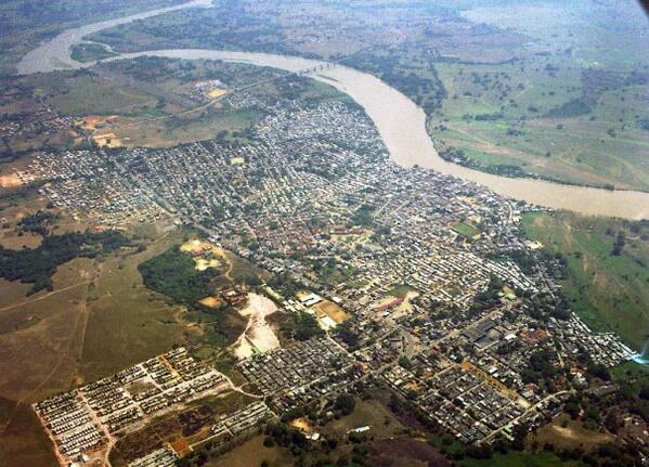 Imagen aérea de Caucasia, Antioquia.