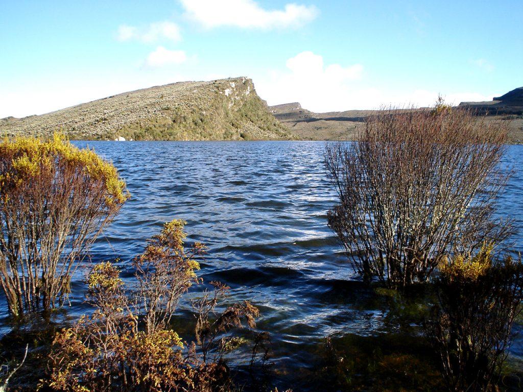 Laguna de Chizacá, páramo de Sumapaz
