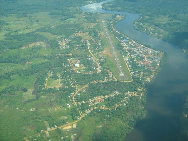 Vista aerea de Mitú, departamento del Vaupés