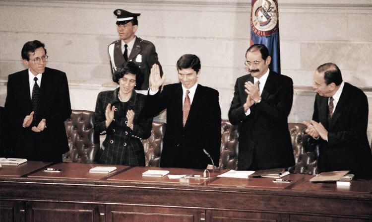 Foto: Presidentes de la Asamblea Nacional Constituyente. Antnio Navarro, Cesar Gaviria, Horacio Serpa, Alvaro Gómez.