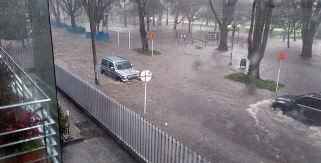 fuertes-lluvias-dejan-inundaciones-en-bogota